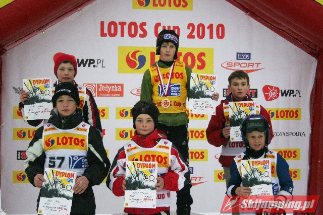 068 Podium junior E